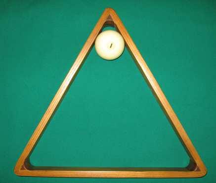 """Треугольник """"Античный"""" для шаров 70 мм, ясень цв. 11/2 (скидка 22%)"""